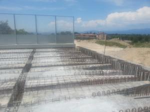 Galleria artificiale con travi PAC tipo MID in cemento armato preteso (precompresso)