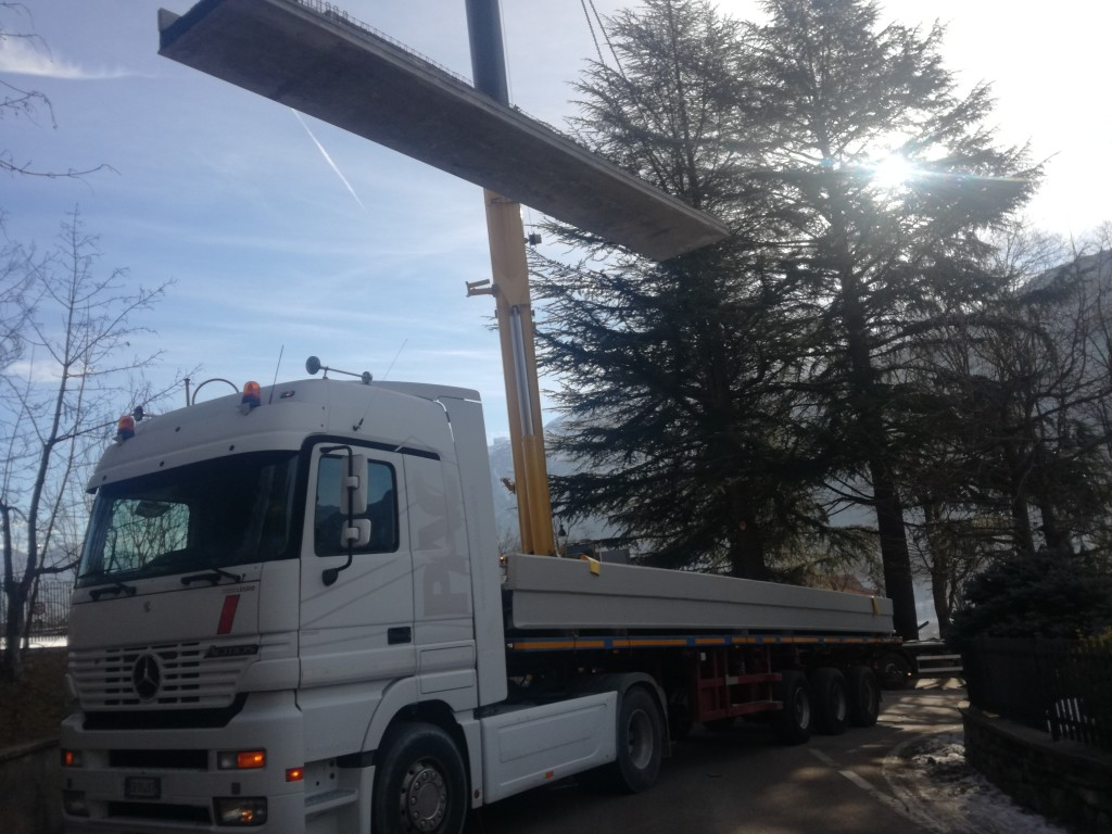 Ponte Rozzati - Sollevamento trave 1
